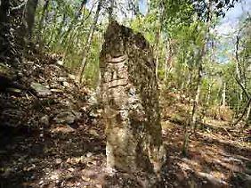 """Chactún, """"Piedra Roja"""" oder """"Piedra Grande""""."""