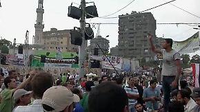 Die Muslimbruderschaft wehrt sich gegen mit Protesten gegen Mansur.