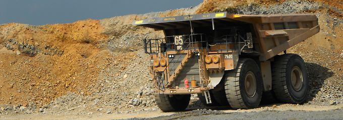 Geologen wissen: Kupfer und Gold liegen oft nahe beieinander.