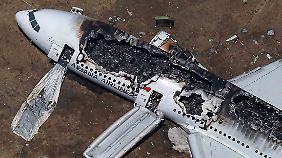 Flugzeugcrash in San Francisco: Boeing 777 verunglückt auf der Landebahn