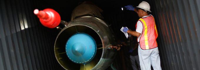 Diese alte MiG 21 soll nach offiziellen Angaben aus Kuba eine Reparatur in Nordkorea nötig gehabt haben.