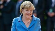 Farbenfrohe Roben bei den Wagner-Festspielen: Die Kanzlerin macht blau