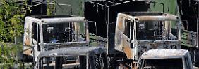 Schwerer Anschlag auf Bundeswehr: 16 Fahrzeuge in Kaserne verbrannt