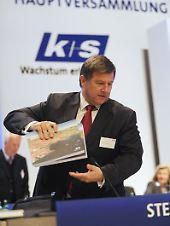 K + S-Chef Norbert Steiner (Archivbild) will Entwicklung beobachten.