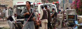 Attentäter töten neun Menschen: Anschlag erschüttert Dschalalabad