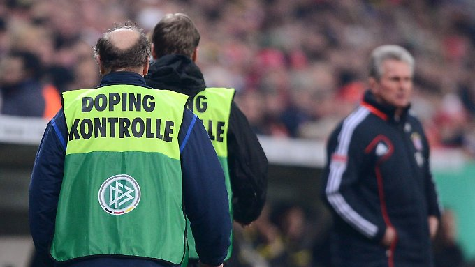 Der Fußball gönnt sich bislang recht spärliche Dopingkontrollen.