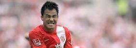 Shinji Okazaki spielte im letzten Jahr noch für Stuttgart. Jetzt traf er gegen den VfB.