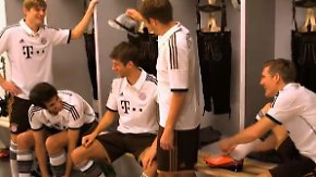 Gute Laune nach Supercup-Sieg: Bayern präsentieren neue Auswärtstrikots