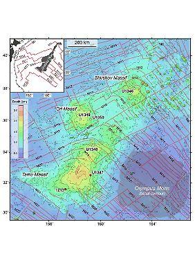 Grafik des Tamu-Massivs im Nordwest-Pazifik östlich von Japan. Rechts zum Vergleich die Konturen von Olympus Mons.