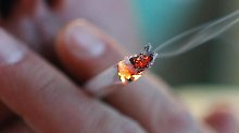 Mieter dürfen trotz empfindlicher Nachbarn auf ihrem Balkon rauchen. Foto: Karl-Josef Hildenbrand