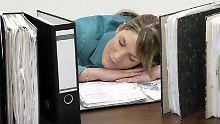 Wer im Büro mal ein paar Minuten die Augen schließt, hinterlässt meist keinen guten Eindruck: zu Unrecht.