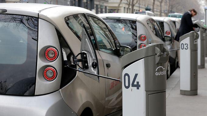 Gegenstand des Interesses: Die E-Zapfsäulen in Paris.