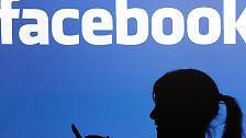Zwar reicht es mit einem geschätzten Markenwert von 7,73 Milliarden Dollar nur für Platz 52 in der Liste. Nach den letzten Zahlen des US-Unternehmens ist aber von einem weiteren Anstieg auszugehen. Über 750 Millionen User verzeichnet Facebook inzwischen allein über Smartphones.