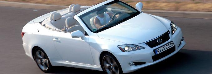Der kultivierte und laufruhige Sechzylinder macht das Lexus-Cabrio zu einem sanften Gleiter.