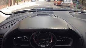 Mit dem Head-Up-Display nimmt der Mazda 3 eine Sonderstellung in seiner Klasse ein.