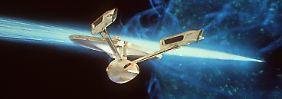 """Mit der Crew der """"Enterprise"""" wurde in den 1960er Jahren das Beamen populär. Noch kann die Technologie des Planeten Erde da nicht mithalten."""