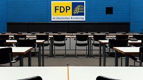 Die FDP-Fraktion muss diesen Saal verlassen.