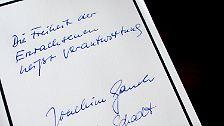 """Auch heute sei Beitz noch ein Vorbild, betonte der Bundespräsident. """"Ich wünsche jungen Führungskräften mehr Mut, mehr Verantwortungsbewusstsein, mehr Beitz."""""""