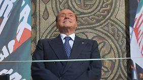 Berlusconis Minister werfen hin: Italiens Regierung steht vor dem Aus