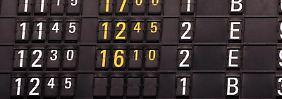 Im Falle einer Verspätung müssen Airlines die Fluggäste über ihre Rechte in Kenntnis setzen. Foto: Frank May