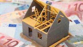Ob sich Bausparen lohnt, wissen Kunden erst in der Zukunft. Denn darüber entscheidet am Ende das allgemeine Zinsniveau. Foto:Andrea Warnecke