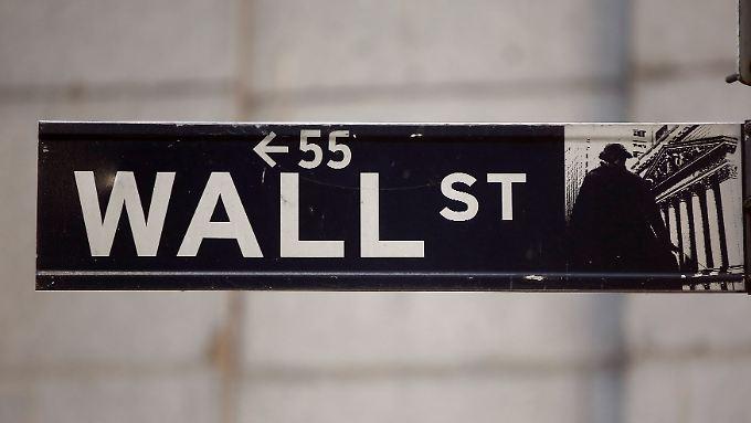 Die US-Börsen beginnen leichter.