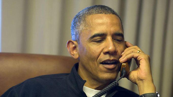 """""""Hallo Angela, hast du zufällig die private Nummer von dem Franzosen, Hollande?"""""""