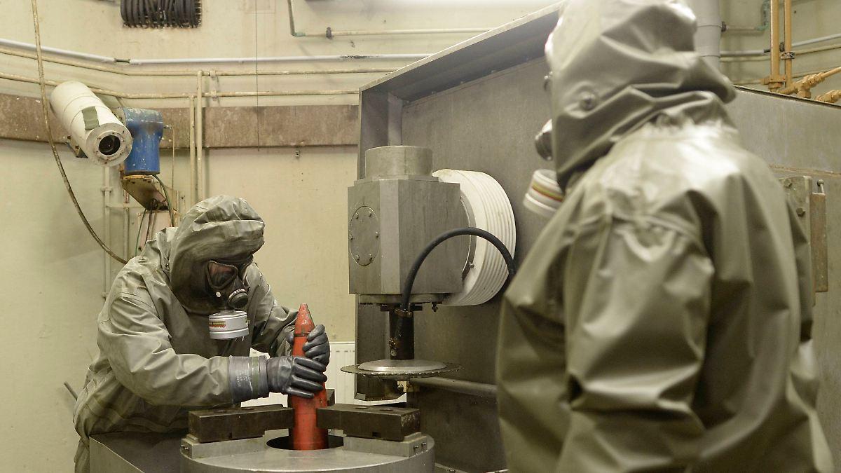 experten entsorgen kampfstoffe aus den weltkriegen deutschland vernichtet alte chemiewaffen n. Black Bedroom Furniture Sets. Home Design Ideas