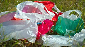 Kunststoffbeutel bald verboten?: EU-Kommission nimmt Plastiktüten ins Visier