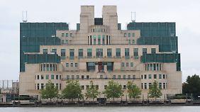 Die Zentrale des bekanntesten britischen Geheimdienstes MI6 in London.