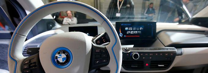 Wer sehr vorsichtig schätzt, darf sich über Überraschungen freuen: Der Erfolg im US-Markt könnte der abgasfreien Elektromobilität insgesamt zum Durchbruch verhelfen.