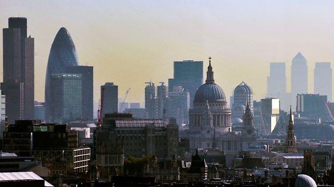 Skyline der Londoner City: Die EU hat Banken zu 1,7 Milliarden Dollar Strafe wegen Zinsmanipulationen verdonnert.