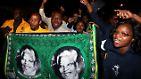 Denn stolz hat Nelson Mandela seine Südafrikaner wieder gemacht. Und das allem Leiden zum Trotz.