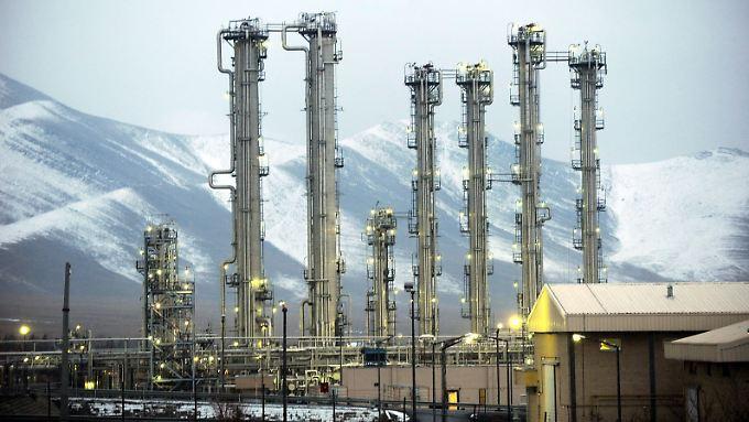 Die Schwerwasserfabrik ist wesentlicher Teil des umstrittenen Forschungsreaktors.