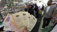 In den US-Lottoläden herrscht Hochbetrieb.