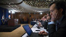 """Die nüchterne Atmosphäre täuscht: Bernankes letzte Pressekonferenz markiert den Beginn des historischen """"Exit""""-Experiments - es geht um das Wagnis, die weltgrößte Volkswirtschaft auf eine Art sanften Entzug zu setzen."""