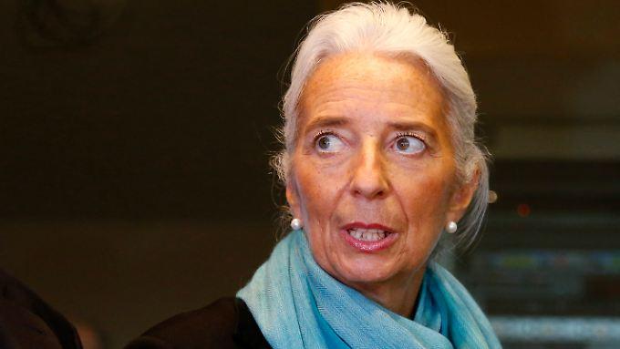 IWF-Chefin Lagarde wartet mit ungewohnt posiitven Nachrichten auf.
