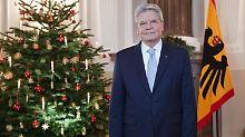 Weihnachtsansprache des Bundespräsidenten: Gauck: Auch Deutsche waren Flüchtlinge