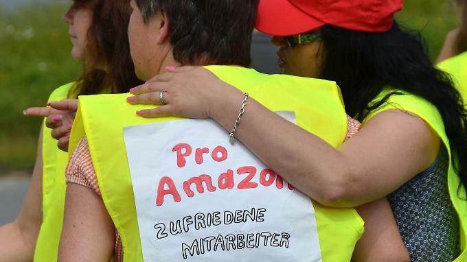 Belegschaft von Amazon gespalten: In Belegschaft formiert sich Widerstand gegen Verdi-Streik
