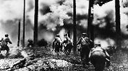 Allein beim Angriff auf die Badajew-Lagerhäuser verbrannten zu Anfang der Blockade rund 3000 Tonnen Mehl und 2500 Tonnen Zucker.