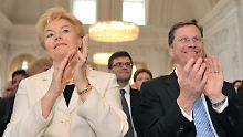 Erika Steinbach eckt immer wieder an. Für Außenminister Westerwelle gibt es auf der Veranstaltung Buhrufe.