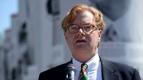 Staatssekretär Schmitz tritt zurück: SPD will Steuersündern an den Kragen