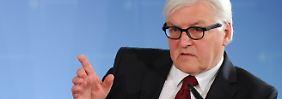 Steinmeier lehnt nun doch kurzfristige Sanktionen gegen die Ukraine ab.