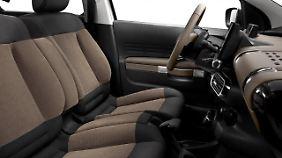 Der Cactus bietet eine Weltneuheit: Der Beifahrer-Airbag ist im Dachhimmel untergebracht.