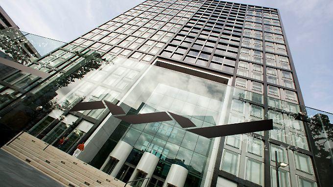 Deutsche Börse steigt bei britischer Handelsplattform für Anlehen ein.