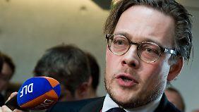 Der Jurist und Grünen-Politiker Konstantin von Notz ist Mitglied im Innenausschuss des Bundestags.
