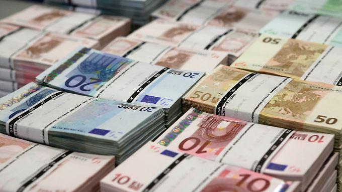 Inflation gestiegen - Eurokurs auch.
