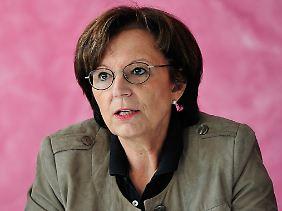 """""""Alle Beteiligten haben ein gemeinsames Ziel"""": Bayerns Sozialministerin Emilia Müller (Archivbild) ist """"positiv"""" gestimmt."""