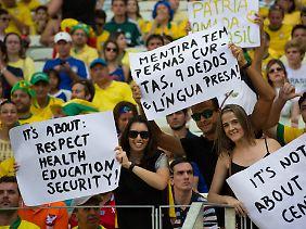 Politik im Stadion: Fans solidarisieren sich beim Confed Cup mit den Protesten.