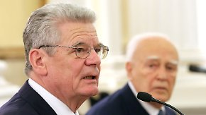 Balanceakt in Griechenland: Gauck weist Forderung nach Reparationen zurück
